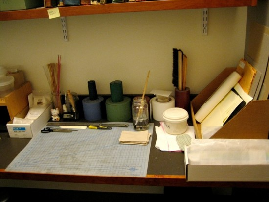 My workbench at the new job, after some reorganization and cleaning.